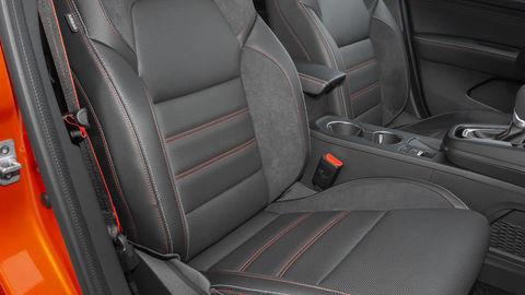 Thumb 2021   renault arkana tests drive   valencia orange  18