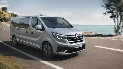 Thumb 2021   new renault trafic spaceclass on location  4
