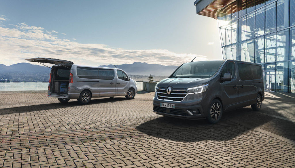 Content 2021   new renault trafic spaceclass on location