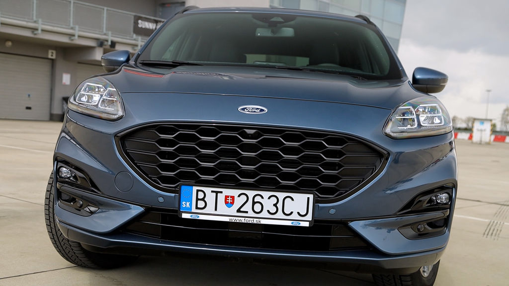 Content ford kuga sk test 2021 1080p h264.00 01 44 10.still558