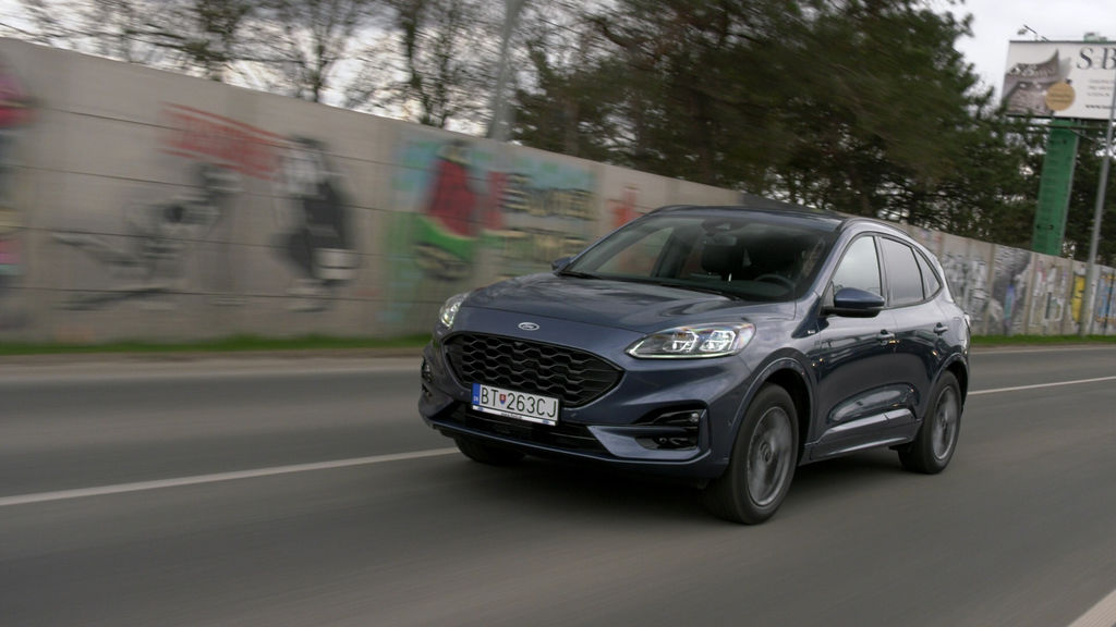Content ford kuga sk test 2021 1080p h264.00 03 29 24.still561