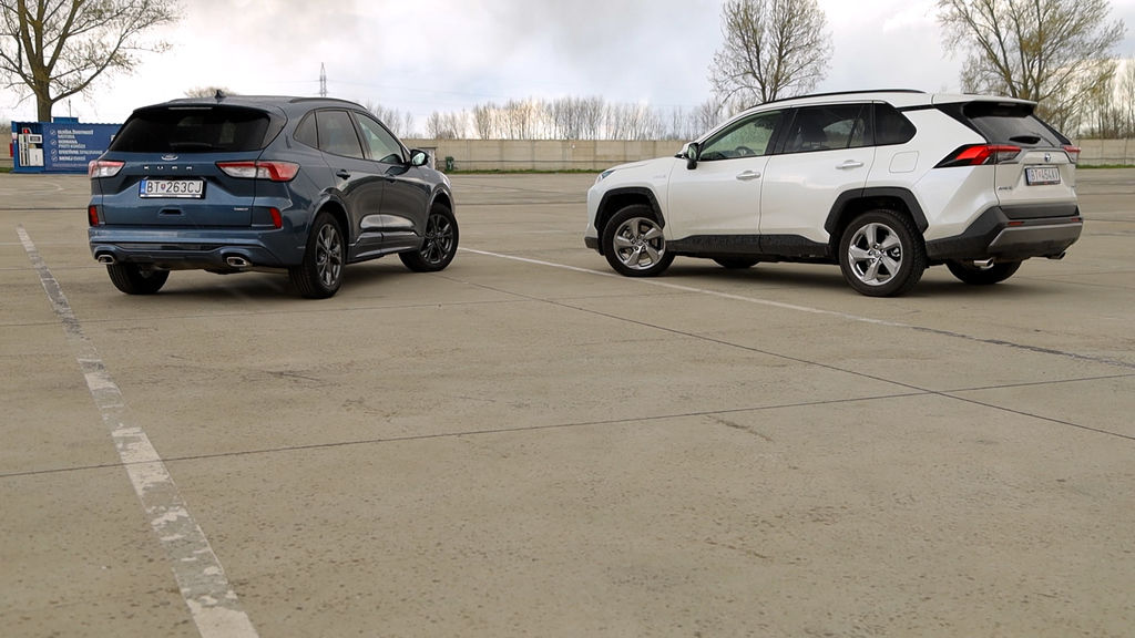 Content ford kuga sk test 2021 1080p h264.00 16 41 22.still570