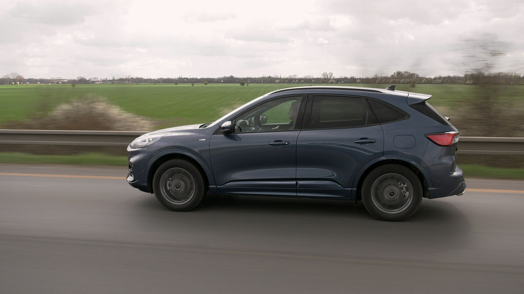 Content ford kuga sk test 2021 1080p h264.00 27 20 08.still578