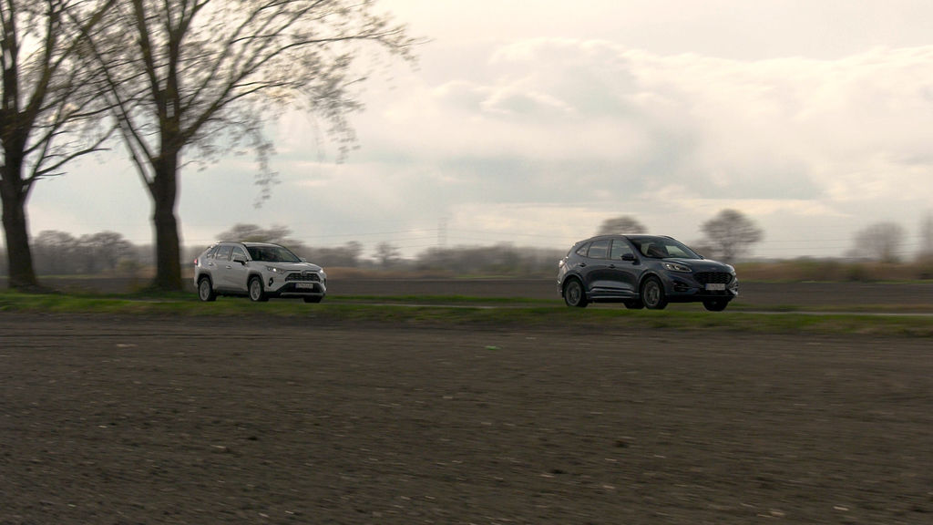 Content ford kuga sk test 2021 1080p h264.00 29 12 19.still580