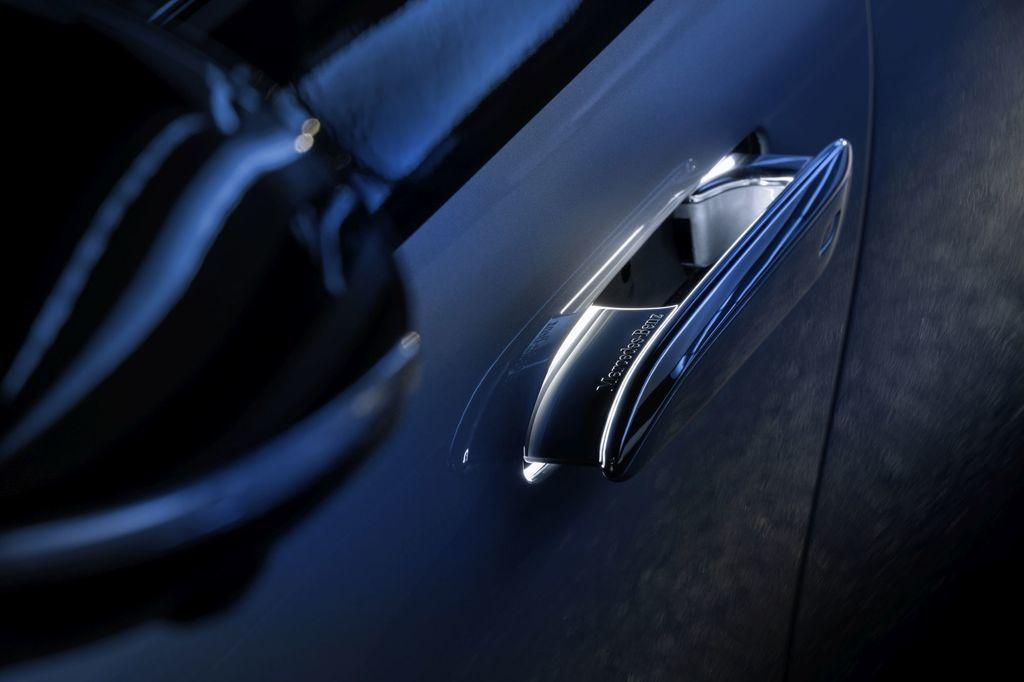 Content najluxusnejsi elektromobil mercedes eqs 2021 facelift autozurnal.com 4