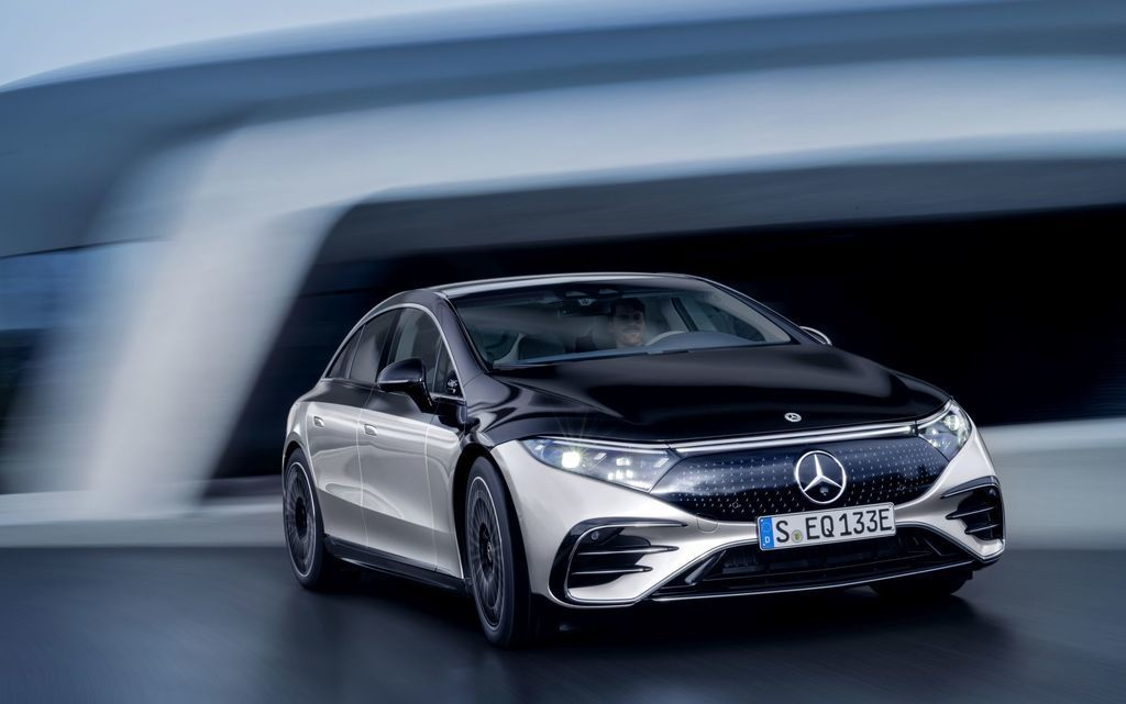 Content najluxusnejsi elektromobil mercedes eqs 2021 facelift autozurnal.com 5