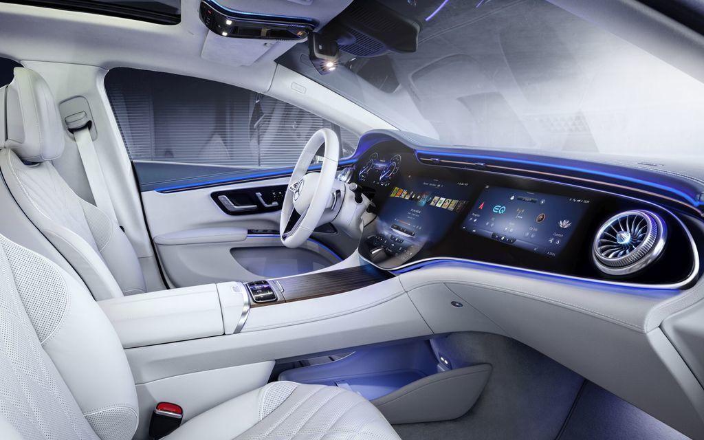 Content najluxusnejsi elektromobil mercedes eqs 2021 facelift autozurnal.com 6