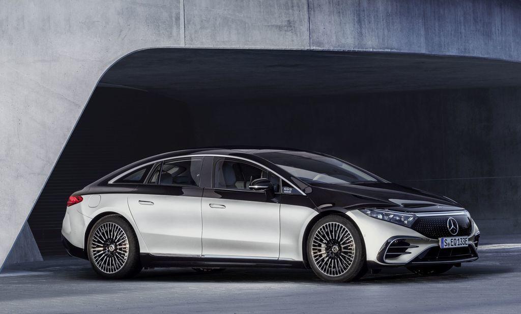 Content najluxusnejsi elektromobil mercedes eqs 2021 facelift autozurnal.com 11