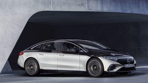 Thumb najluxusnejsi elektromobil mercedes eqs 2021 facelift autozurnal.com 11