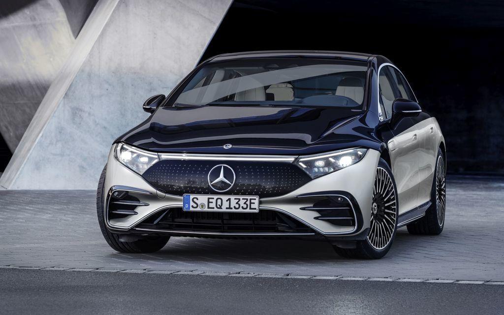 Content najluxusnejsi elektromobil mercedes eqs 2021 facelift autozurnal.com 12