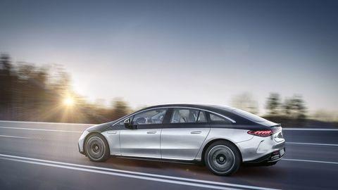 Thumb najluxusnejsi elektromobil mercedes eqs 2021 facelift autozurnal.com 20