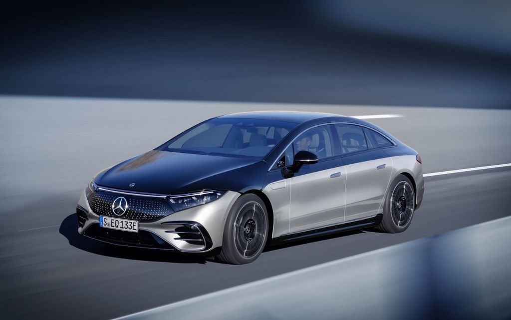 Content najluxusnejsi elektromobil mercedes eqs 2021 facelift autozurnal.com 24