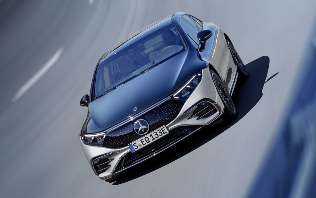 Content najluxusnejsi elektromobil mercedes eqs 2021 facelift autozurnal.com 25