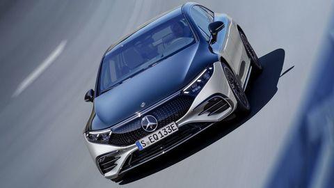 Thumb najluxusnejsi elektromobil mercedes eqs 2021 facelift autozurnal.com 25