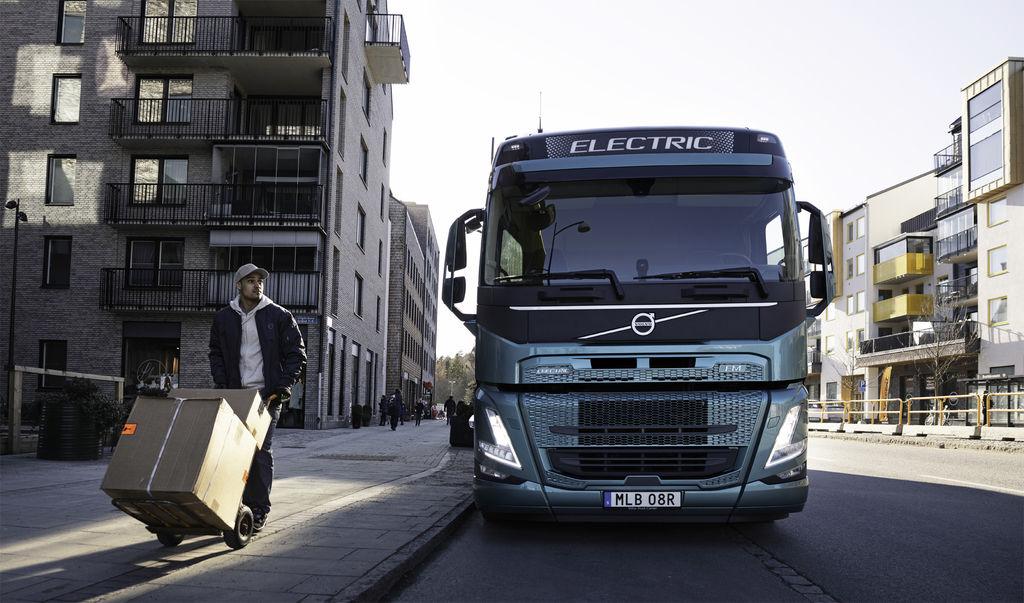 Content 02 elektrick  portf lio volvo trucks copy