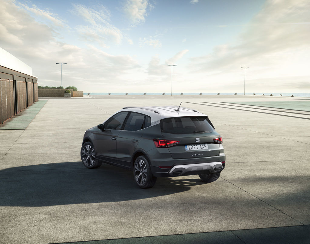 Content content seat arona xperience 07 hq