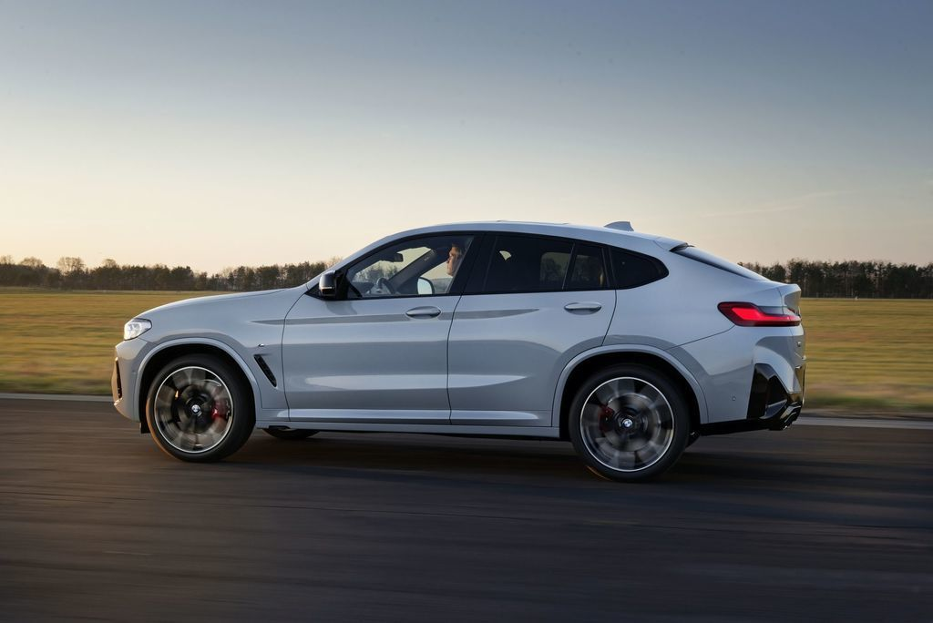 Content bmw x4 facelift 2021 autozurnal 3