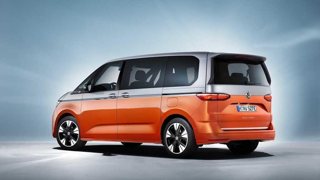 Content 2022 volkswagen multivan t7  4