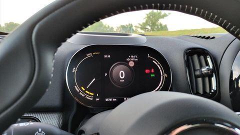 Thumb mini countryman plugin hybrid test autozurnal 20