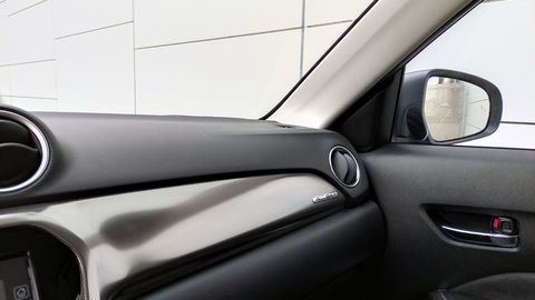Thumb suzuki vitara 1.4 boosterjet hybrid 2021 test autozurnal 8