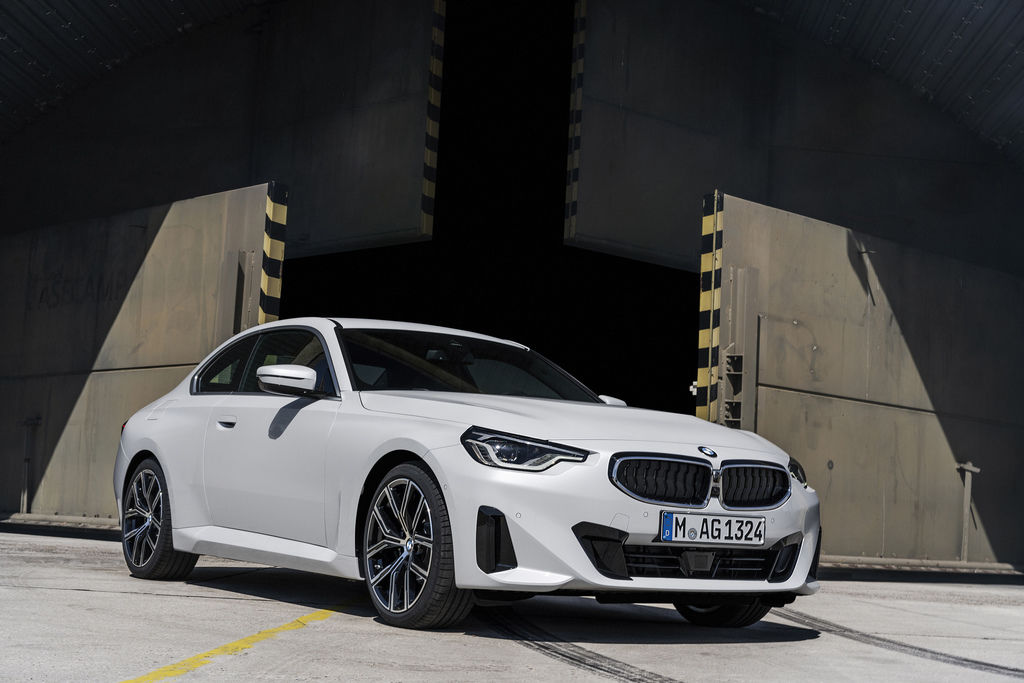 Content bmw 2 coupe g42 official autozurnal 8