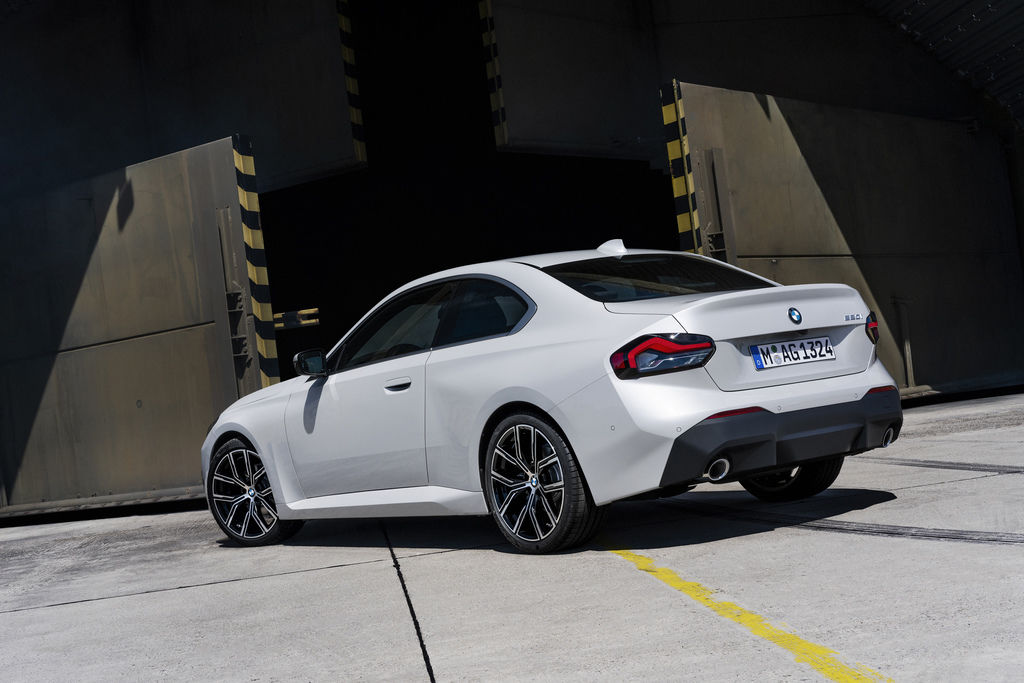 Content bmw 2 coupe g42 official autozurnal 9