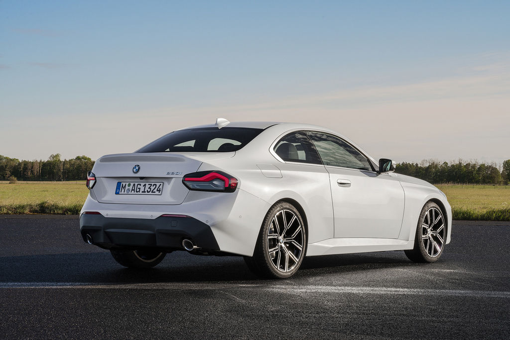 Content bmw 2 coupe g42 official autozurnal 11