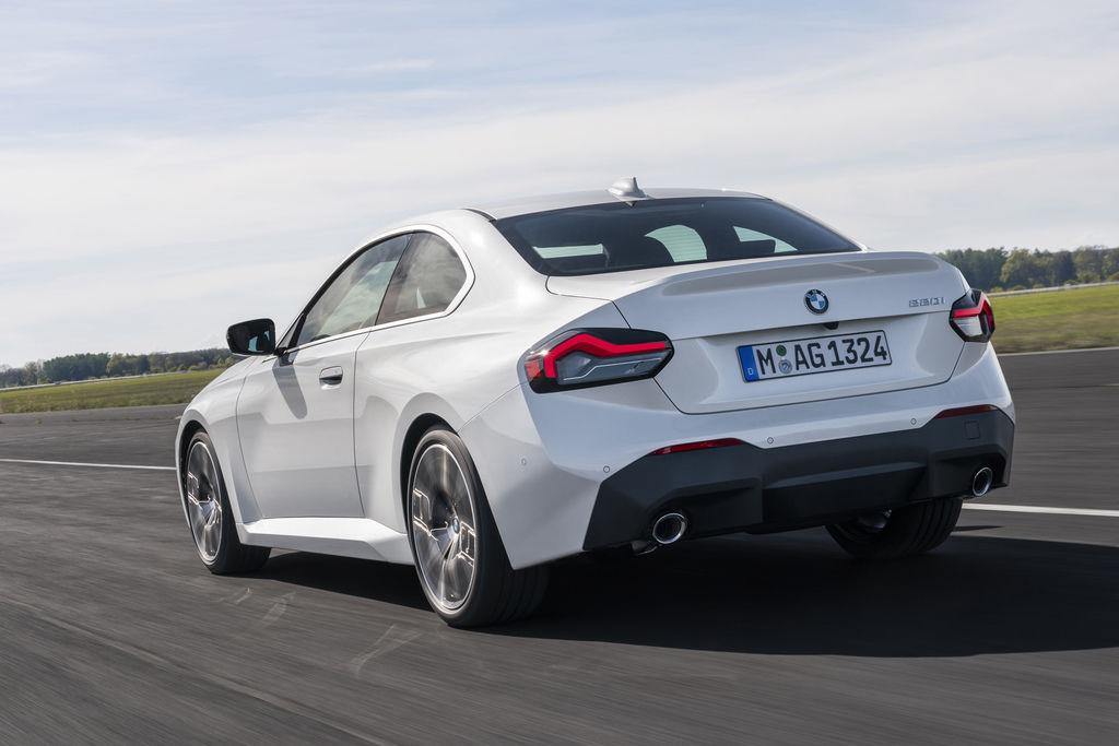 Content bmw 2 coupe g42 official autozurnal 16