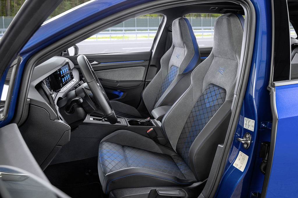 Content volkswagen golf r variant 2021 official autozurnal 7