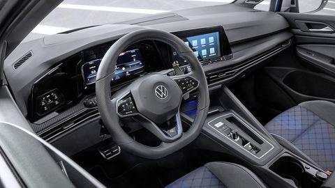 Thumb volkswagen golf r variant 2021 official autozurnal 5