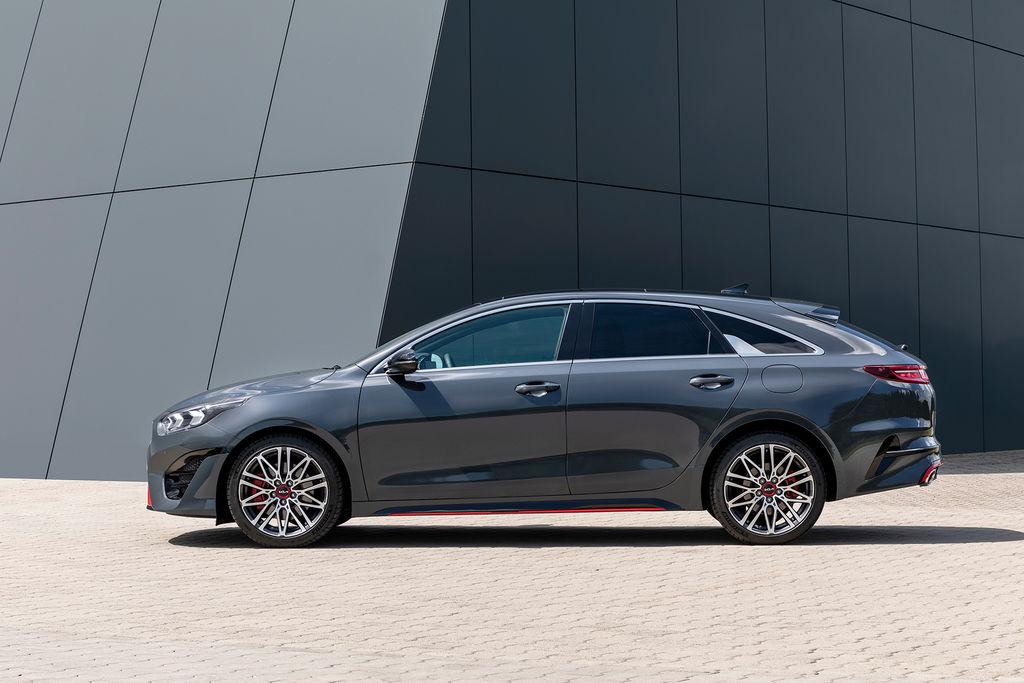 Content nova kia ceed facelift 2021 autozurnal.com 20