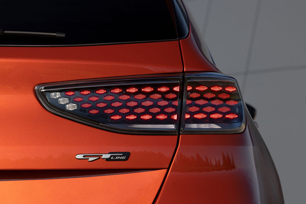 Content nova kia ceed facelift 2021 autozurnal.com 23