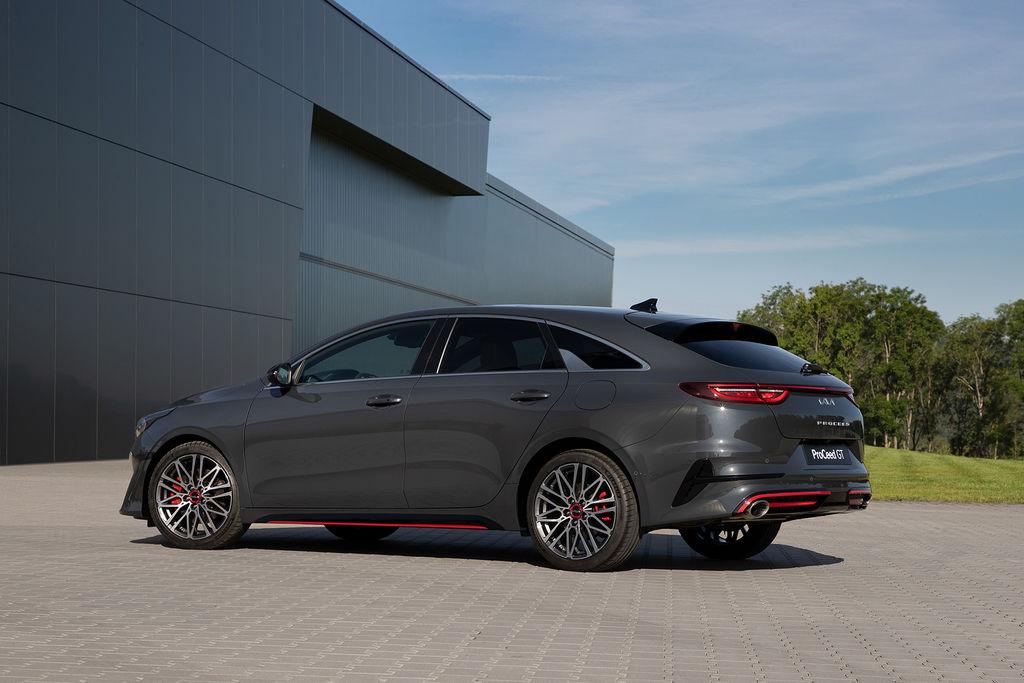 Content nova kia ceed facelift 2021 autozurnal.com 25