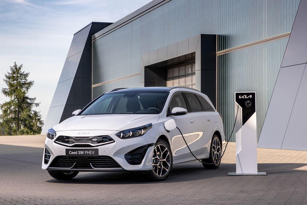 Content nova kia ceed facelift 2021 autozurnal.com 30