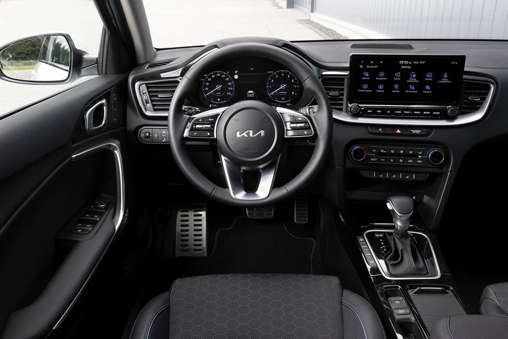 Content nova kia ceed facelift 2021 autozurnal.com 4