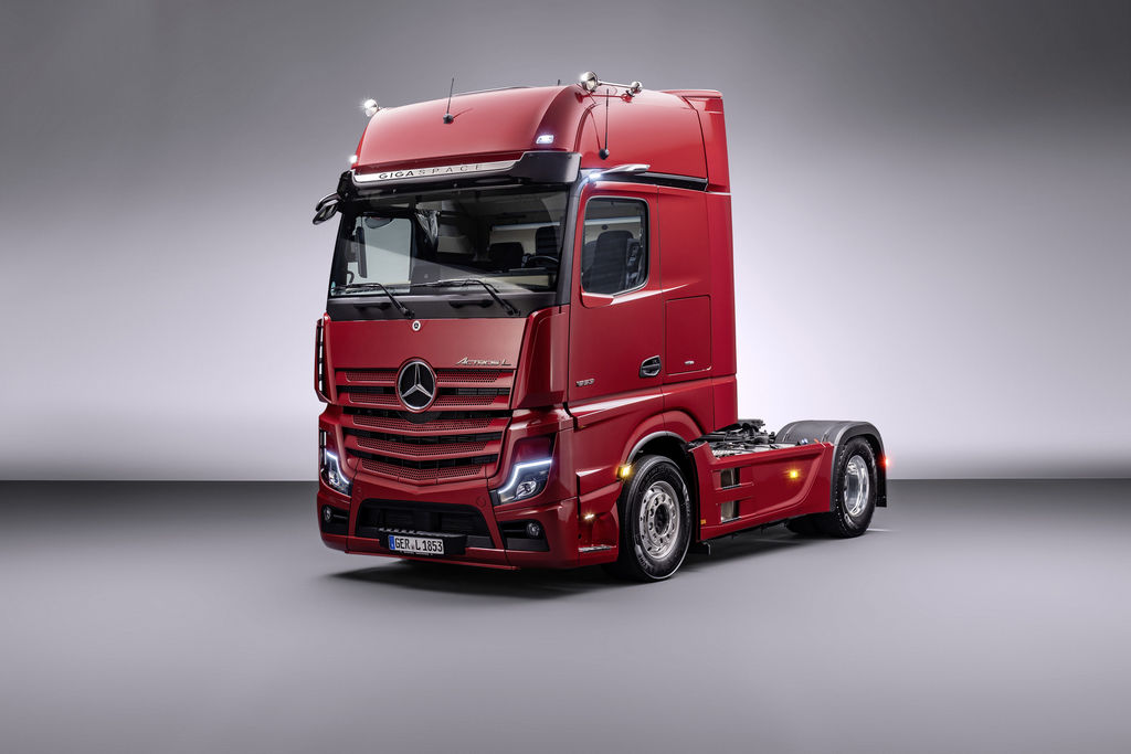 Content 01 actros l edited 1