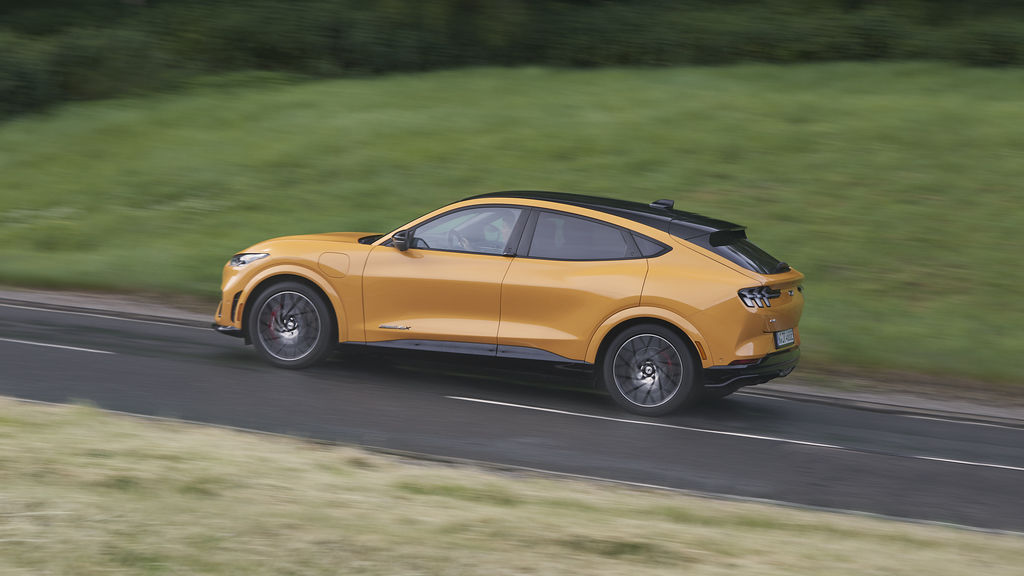 Content ford mustang mach e gt 2021 13