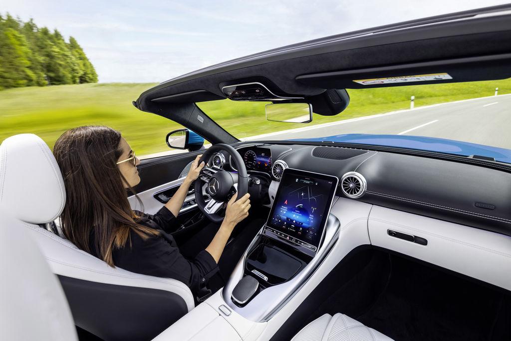 Content nov  mercedes sl 2021  autozurnal.com 2