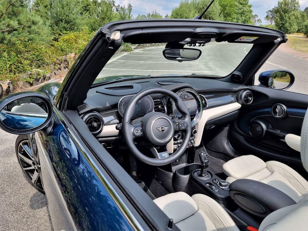 Content mini cooper s cabrio test 2021 autozurnal.com 23
