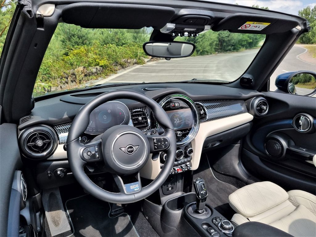 Content mini cooper s cabrio test 2021 autozurnal.com 24
