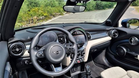Thumb mini cooper s cabrio test 2021 autozurnal.com 24