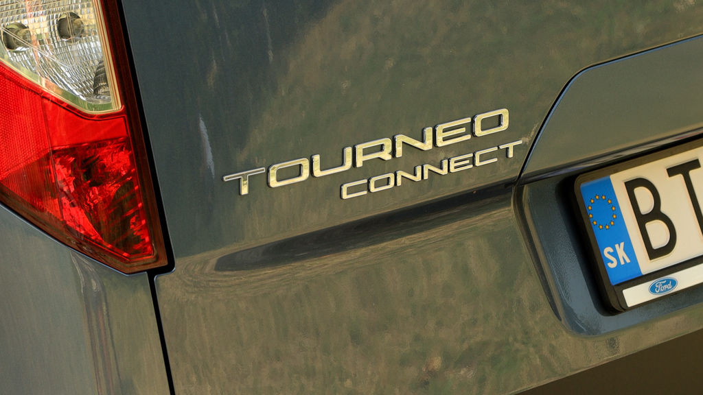 Content ford turneo connect active 2021 sk test 2021 1080p h264.00 00 47 06.still1032