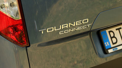 Thumb ford turneo connect active 2021 sk test 2021 1080p h264.00 00 47 06.still1032