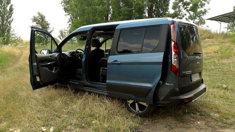 Thumb ford turneo connect active 2021 sk test 2021 1080p h264.00 05 53 04.still1040
