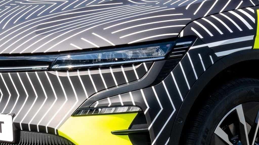 Content renault megane 2022 autozurnal.com 11