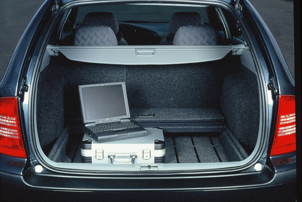 Content kufr 1997 zari var01