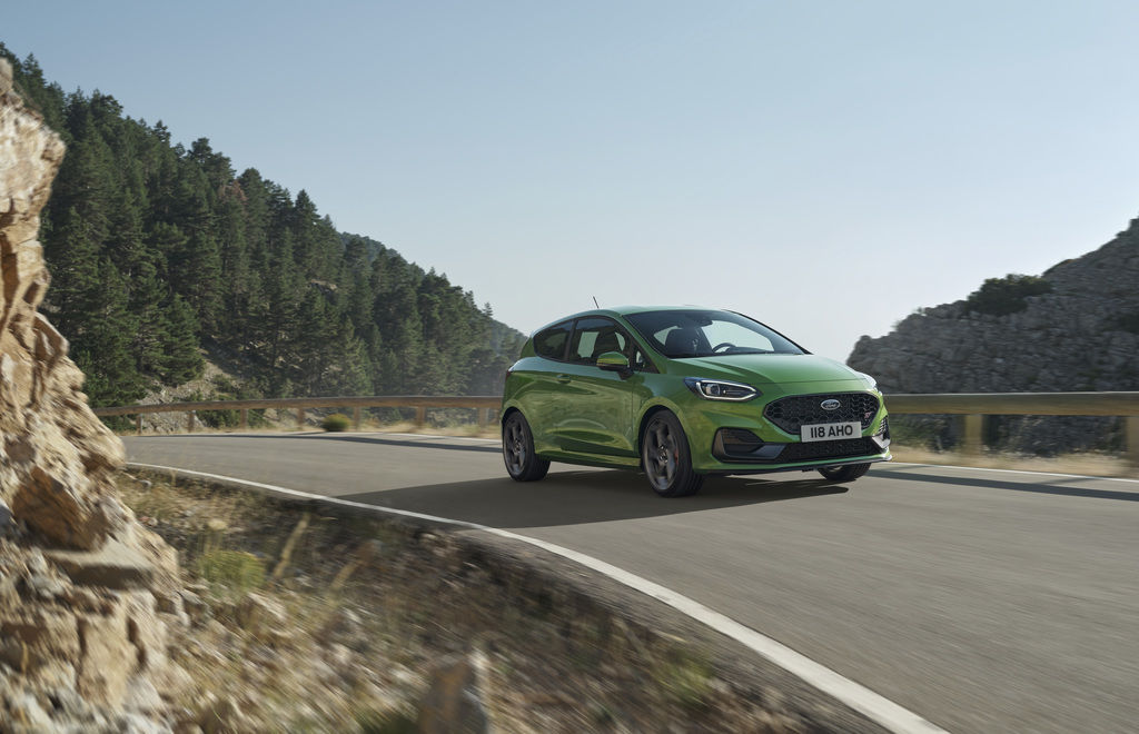 Content 2021 ford fiesta st 02