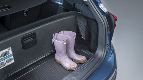 Thumb 2021 ford focus active interior loadspace