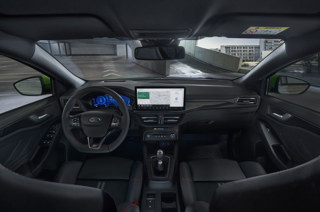 Content 2021 ford focus st interior 01