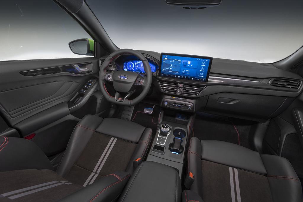 Content 2021 ford focus st interior 04